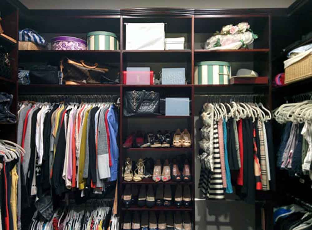 Closet System with Crown Molding
