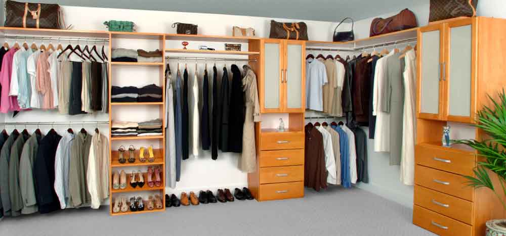 Walk-in Maple Spice Closet System